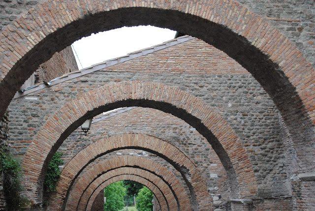 DSC_0110 Rome II