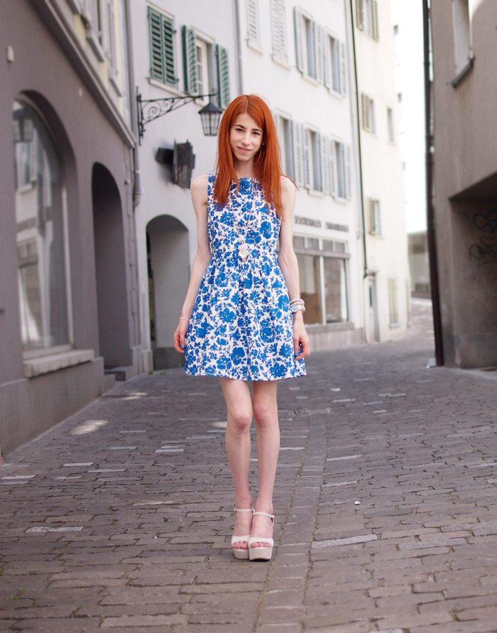 P6090406_2web Blue Flower Dress
