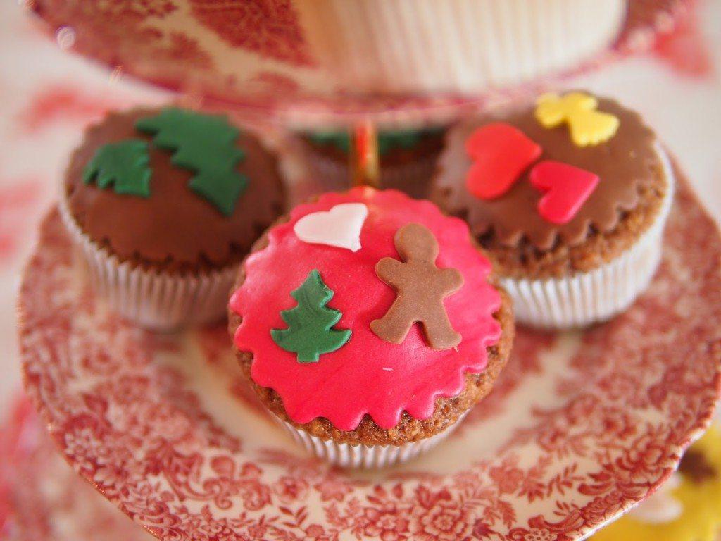 PB284750-1024x768 Christmas Market & Cupcakes