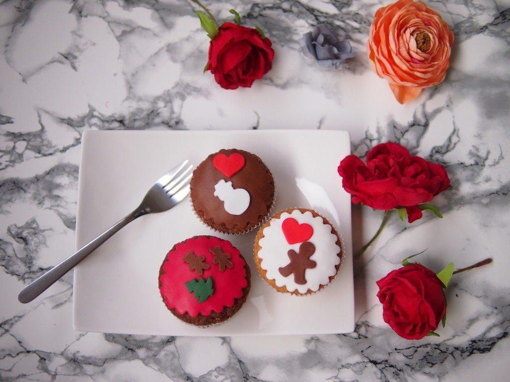 PB284756-1024x768 Christmas Market & Cupcakes