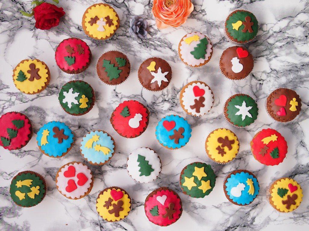 PB284767-1024x768 Christmas Market & Cupcakes