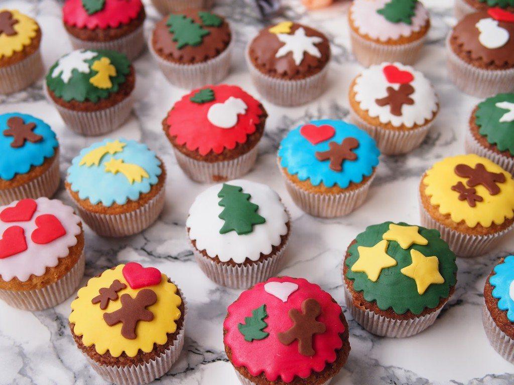 PB284782-1024x768 Christmas Market & Cupcakes