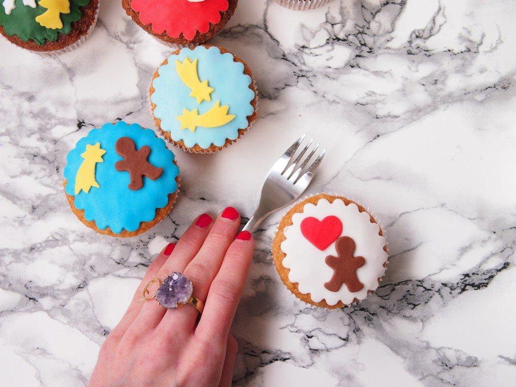 PB284788-1024x768 Christmas Market & Cupcakes