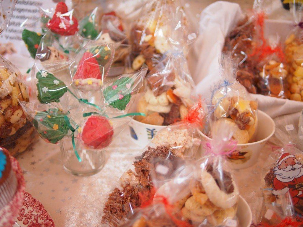 PB284820-1024x768 Christmas Market & Cupcakes