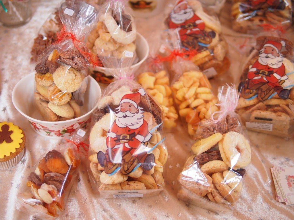 PB284822-1024x768 Christmas Market & Cupcakes