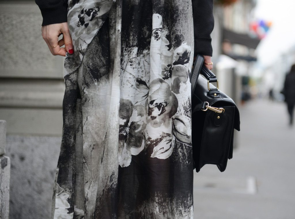 DSC_5000_1k-1024x762 How to wear maxi dresses in autumn